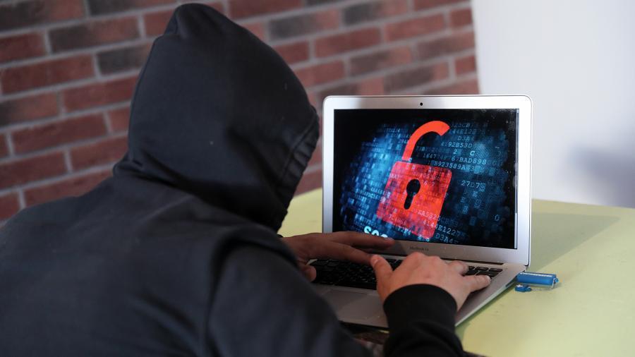 Роскачество предупреждает о мошенниках с архивами Вконтакте